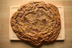 Ultra-Sized Chocolate Chip Cookie from my blog I'd Much Rather Bake Than...