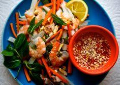 Beautiful Vietnamese Lotus Salad (Goi Ngo Sen) | Asia Dish