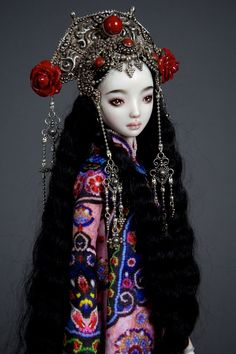 Artist Marina Bychkova sees her hyperrealistic dolls as more than just toys. Working under the name Enchanted Dolls, she sculpts elegant, ball-jointed Pretty Dolls, Beautiful Dolls, Ooak Dolls, Barbie Dolls, Marina Bychkova, Enchanted Doll, Paperclay, Ball Jointed Dolls, Doll Face