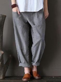 Women Stripe Elastic Waist Casual Loose Harem Pants at Banggood Fashion Pants, Boho Fashion, Fashion Dresses, Womens Fashion, Fashion Fall, Fashion Ideas, Fashion Trends, Linen Pants, Trouser Pants