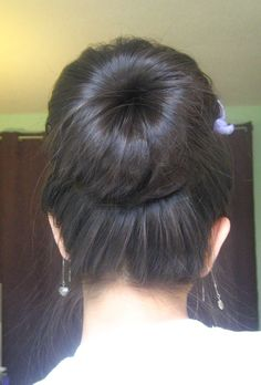 Sock bun tutorial... It's long and she's kind of annoying, just forward to the actual bunning part, it's actually easy