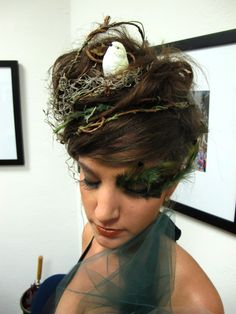 halloween hair - mother earth maybe? Etsy logos http://www.etsy.com/shop/BannerSetDesigns