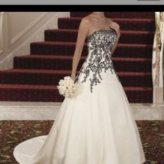 Wedding Dress Strapless white and Black Gown Custom Size 2 4 6 8 10 12 14 Custom Wedding Dress, Black Wedding Dresses, Bridal Dresses, Wedding Gowns, Lace Dresses, Bridesmaid Dresses, Bride Gowns, Moda Fashion, Just In Case