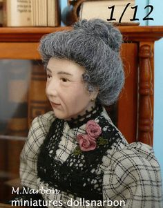 Old lady style 1900, 1:12 original porcelain doll