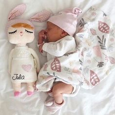 Family,baby,mimikids shared by Cute Little Baby, Baby Kind, Little Babies, Cute Babies, Baby Boy, Cute Baby Girl, Cute Baby Pictures, Newborn Pictures, Everything Baby