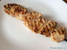 #platosaludable #recetadeldia #cocinacasera #cocinando #realfooding #comersano #receta #cocinasaludable #cocinafacil #recetasfaciles Kebabs, Le Chef, Crockpot, Bacon, Pork, Chicken, Meat, Breakfast, Recipes