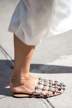 Что носят на Неделе моды в Нью-Йорке: 4 часть (фото 25)