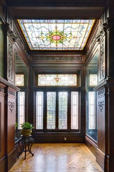 Ornate Century-Old Townhouse Wants To Be a Mansion Again Beautiful stained glass window and skylight interior, of this residential home built during American Gilded Age, – Located at: 108 Eighth Ave, Brooklyn, New York. Victorian Interiors, Victorian Decor, Victorian Parlor, Old Victorian Homes, Architecture Details, Interior Architecture, Computer Architecture, Stained Glass Windows, Leaded Glass