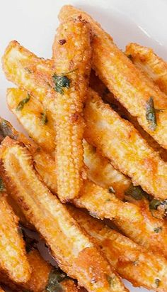 Fried Baby corn is a well known Chinese starter / Appetizer. Baby Corn strips are slit in half , dipped in spicy batter and deep fried. Canned Baby Corn Recipe, Baby Corn Recipes, Crispy Baby Corn Recipe, Veg Dishes, Vegetable Dishes, Side Dishes, Baby Corn Fry, Corn Snacks, Quick Snacks