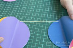 Guirnalda globitos de aire 16 Balloon Crafts, Baby Shower, Classroom Design, Happy Birthday Banners, Wooden Toys, Party Themes, Diy And Crafts, Preschool, Creations