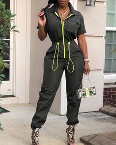 Colorblock Drawstring Design Casual Jumpsuit - Style:Fashion Pattern Type:Colorblock Material:Polyester Neckline:Turn-down Collar Sleeve Style:Long Sleeve Length:Long Occasion:Casual Package Note: There might be differenc… Source by - Jumpsuit Outfit, Casual Jumpsuit, Denim Jumpsuit, Jumpsuit Style, Looks Hip Hop, Green One Piece, One Piece Outfit, Wholesale Clothing, Shoes Wholesale