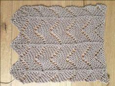 Cockleshell Lochmuster über feuchtem Tuch vorsichtig gebügelt