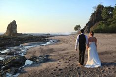 Costa Rica Wedding Photography www.jenniferharter.com Costa Rica's Best Photography Option