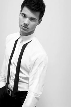 taylor lautner: hottest man in twilight, abduction and valentine's day