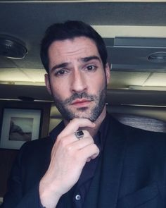 'Lucifer' Season 5 Could Be Released In Parts on Netflix William Shatner, Catherine Zeta Jones, Clark Kent, Tom Ellis Lucifer, Engagement Rings Couple, Lauren German, Morning Star, Sharp Dressed Man, Celebs