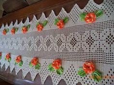 Image result for caminhos de mesa em croche com graficos