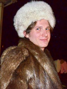 "Shop!! Bare Fur ""Kings "" for our man fur selections !!!! #fur #king #vintagefur #repurpose #recycle #furcoat #fashion #luxury #furcoat #vintagefurcoat #shop #barefur #shoponline"