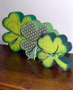 "Set of 2 double toddler 1.5/"" bow bobbles st patrick Irish dancing shamrock"