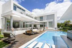 798 Curtiswood drive Miami, Floride. Plus d'informations: http://798-curtiswood.com/ Contact : Jim Agard +1(305).361.2233 miami@barnes-international.com