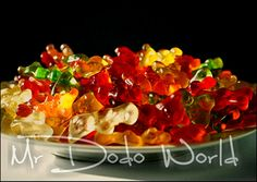 Plate full with colorful Gummibears #jelly #gummibears #godis #sweet #jelatin #haribo #joy #happy #childhood #barn #candy #bärchen #fruit #gums