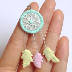 Polymer clay dreamcatcher/Attrape-rêves en pâte polymère #clay #jewelry