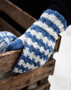 Knitted Mittens Pattern, Knit Mittens, Mitten Gloves, Knitting Socks, Knitted Hats, Knit Socks, Wool Hats, Free Crochet, Knit Crochet