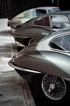 Throughout the early stages of the Jaguar XK-E, the lorry was supposedly planned to be marketed as a grand tourer. Changes were made and now, the Jaguar … Jaguar Type E, Jaguar Cars, Jaguar Roadster, Jaguar Daimler, British Sports Cars, Automotive Photography, Car Photos, Amazing Cars, Sport Cars