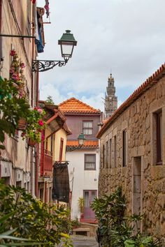 Torre Dos Clérigos, Porto By Armando Tavares! enjoy portugal cottages & manor houses Welcome to Porto http://www.enjoyportugal.eu/#!porto-and-north/c1yvw