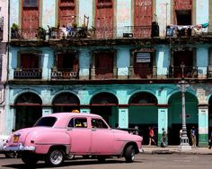 Cuban Contrast. (Photo taken 2008)