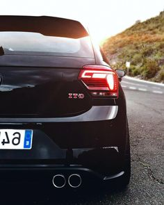 Volkswagen Polo, Vw, Minimalist Outfit Summer, Cars And Motorcycles, Motors, Instagram, Cars, Motorbikes