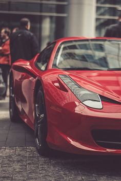 The Ferrari 458 is a supercar with a price tag of around quarter of a million dollars. Photos, specifications and videos of the Ferrari 458 Ferrari Italia 458, Luxury Sports Cars, Red Sports Car, Sexy Cars, Hot Cars, Maserati, My Dream Car, Dream Cars, Corvette Stingray