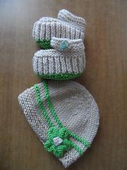 Ravelry: EMorrigan's Teeny Tiny Mary Jane Booties