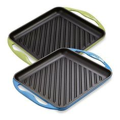 With a ribbed cooking surface that fits conveniently over one burner, this cast iron Skinny Grill from Le Creuset gives shrimp, chicken, and beef distinctive char lines as they cook to perfection directly on the stovetop. A must have for any kitchen Kitchen Supplies, Kitchen Hacks, Kitchen Gadgets, Kitchen Appliances, Kitchen Stuff, Kitchen Kit, Kitchen Things, Kitchen Products, Cooking Gadgets