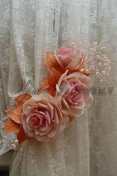цветочный подхват, композиция из трех роз