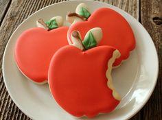 Bitten Apple Cookies (tutorial), from Sweet Adventures of Sugarbelle.