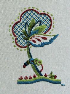 Jubilar árbol con conejo por Embroideryhands en Etsy