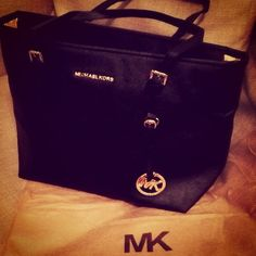 Casual Outfits | Street Styles | Fashion Trends Michael Kors Handbags, Outstanding #Michael #Kors #Handbags Outlet Offers Customers A Unique Experience With A Personal Touch. Welcome To Your Order! Take Action Now!