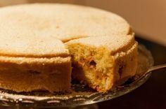 Ruotsalainen omenakakku - Swedish apple cake with cardamom Apple Cake, Food Pictures, Cornbread, Food Inspiration, Cravings, Food And Drink, Pie, Sweets, Baking