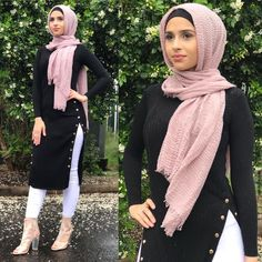 @rayanhh__ in our split top matched back with our crinkle scarf✨ #modelleofficial #ootd #hootd #hair #fashion #coveredhair #casual #getthelook #outfit #modest #muslimah #style #love #follow #black #fashionblogger #fashionista #tbt #inspiration #spring  #islam #travelgram #thursday #shop #modesty #clothes #like #summer #new