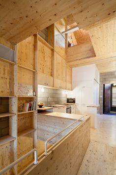Wenig Platz, viel Haus - Wohn-Intervention bei Barcelona