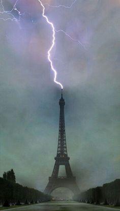 Eiffel Tower In #Paris #lightening