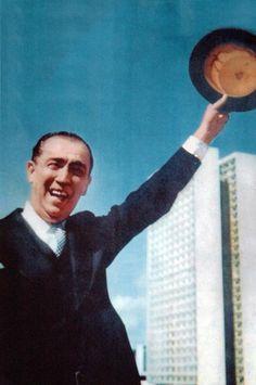 JK na inauguraçao de Brasilia - Fotografia feita em 21 de abril de 1960. by Gervásio Baptista