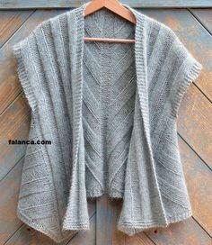 salas seamless female organ vest making 4 Lace Knitting, Knit Crochet, Knitting Designs, Knitting Patterns, Diy Crafts Knitting, Knit Vest Pattern, How To Purl Knit, Knitted Poncho, Knit Jacket