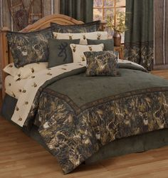 Getting ready to take my hunting room back..............!!!!!BROWNING WHITETAILS BEDDING SET AND ACCESSORIES.......