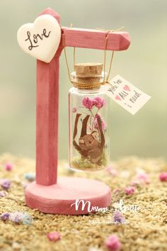 New birthday card messages for friend funny 53 ideas Glass Bottle Crafts, Bottle Charms, Bottle Art, Birthday Card Messages, Birthday Cards, Craft Gifts, Diy Gifts, Valentines Diy, Valentine Gifts Ideas