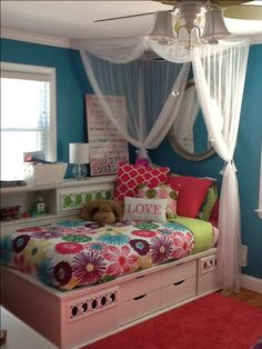 Tween bedroom with bright colors.