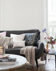 The 2014 romantic pastel home - my scandinavian home living room Scandinavian Home, Home And Living, Home Living Room, Pastel House, Home, Interior, Gray Interior, Chic Home Decor, Home Decor