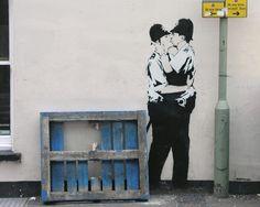banksy kissing