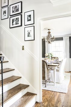 A tour of a 1960 colonial house decorated for summer with the 2018 Summer Tour of Homes using classic, timeless style and neutral decor. Benjamin Moore Cloud White, Benjamin Moore Classic Gray, Off White Walls, White Doors, Grey Walls White Trim, Gray Walls, Fashion Kids, Stairwell Wall, White Staircase