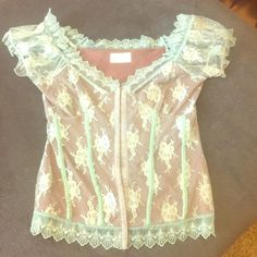 Vintage Lace top Would fit perfect on a 34 C upper body 213 Tops Camisoles